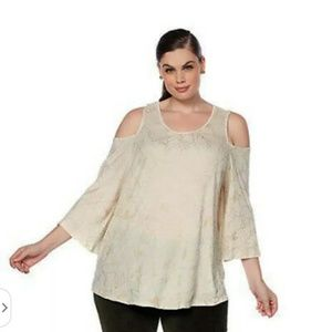 Lucky brand cream colored cold shoulder blouse xS
